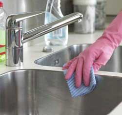 så rengör du köket bäst